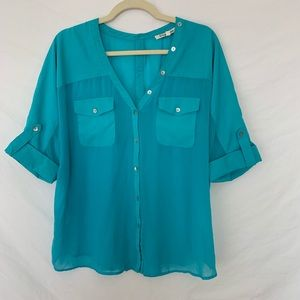Turquoise Button-Back Short Sleeve Blouse